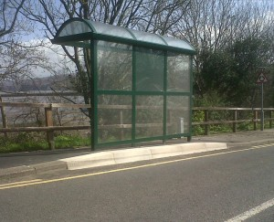 bus shelter obstructing raised pavement